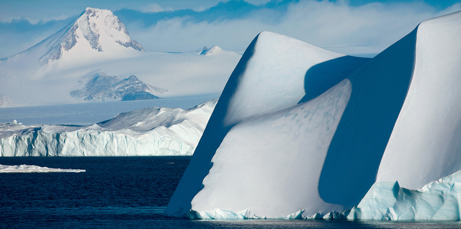 A melting glacier in Antarctica photographed by Jim Zuckerman