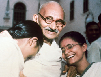 Mahatma Gandhi in 1947 with his grandnieces