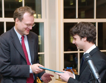 Harmen Bussemaker receiving a Distinguished Columbia Faculty Award in 2010