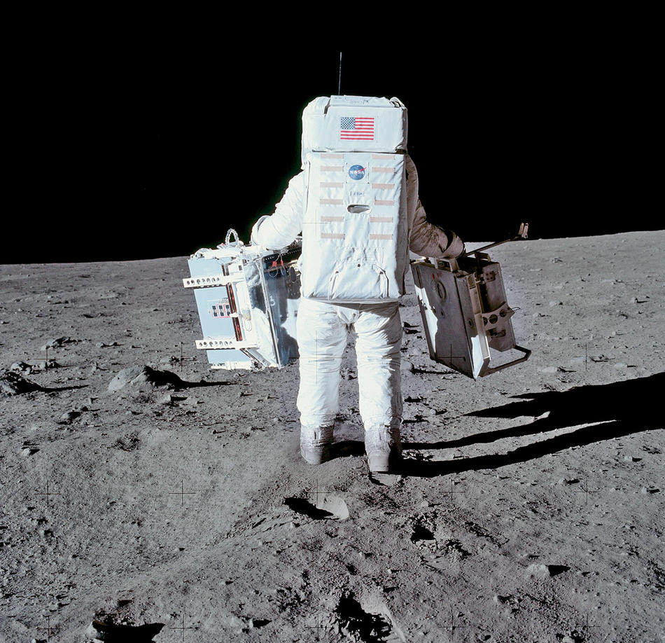 Aldrin carries PSEP to its deployment site.