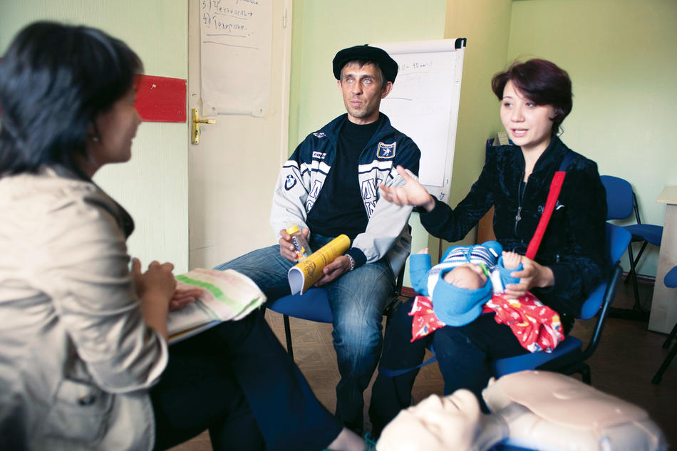 A Kazakh couple learns HIV-prevention skills as part of Columbia's Project Renaissance, which helps heroin addicts. (David Trilling)