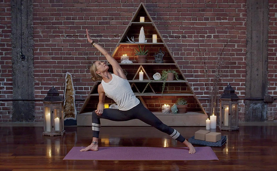 Schuyler Grant leading a yoga class for Wanderlust TV